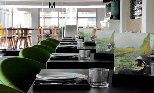 رستوران مدرن مانسون
